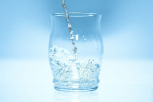 glass-1816868_1920